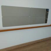 Espejo con barra (inspiración Montessori)