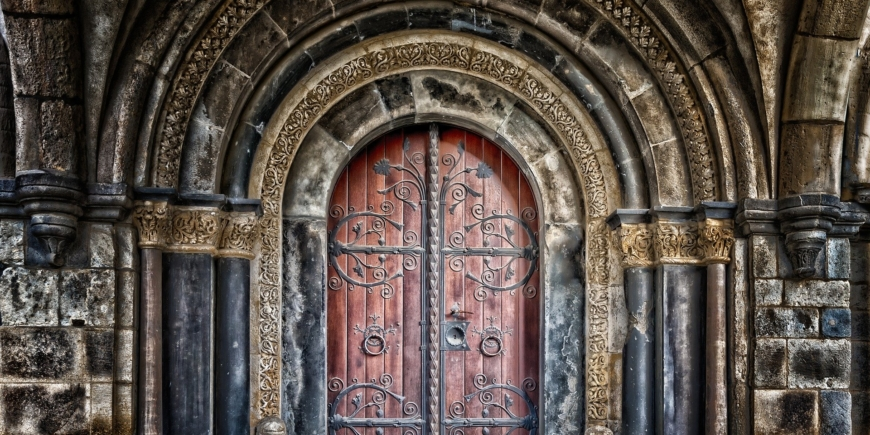 Cuento: La puerta